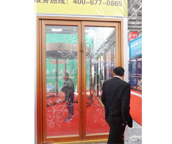 铝木装饰门